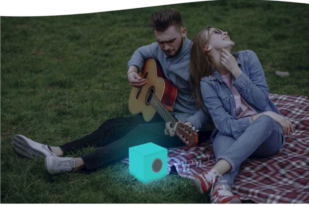 CubyPlay 20 verlichte kubus LED multicolor, wireless en incl. Bluetooth speaker. 20 x 20 cm