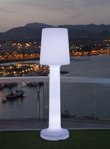 NewGarden Carmen 110 cm buitenverlichting staande lamp wit kunststof